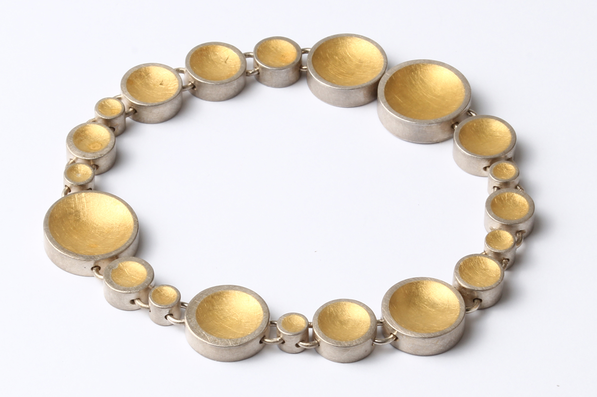 Eva Küpper, Armband, Feingolddouble, Silber
