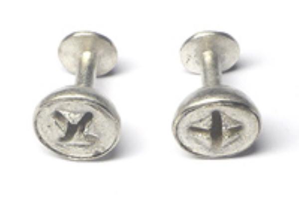Eva Küpper, Manschettenknöpfe Eykalyptus, Silber