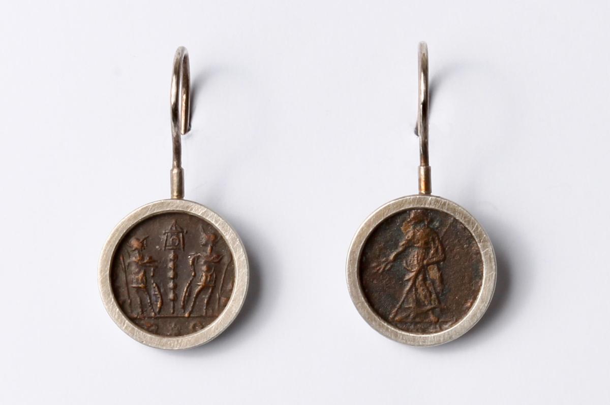 Lucas Küpper, Ohrhänger, römische Münzen, Silber