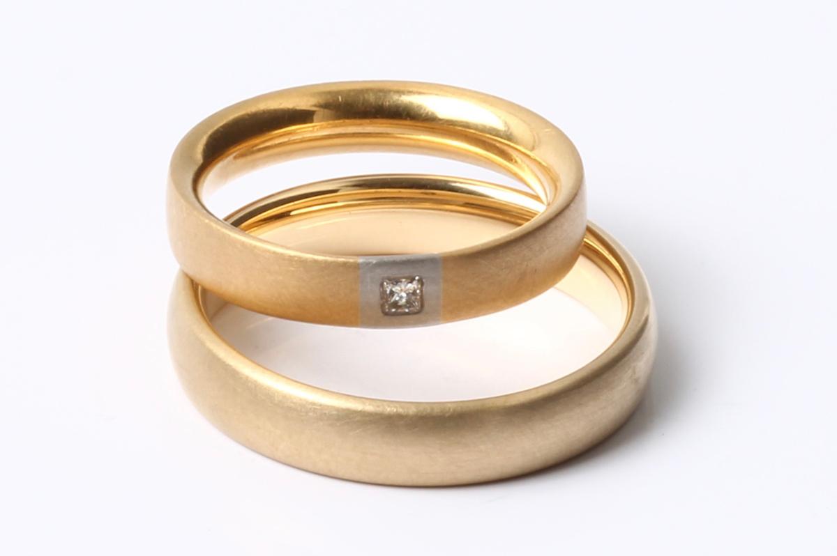 Schmuck-Raum, Schmuck-Raum, Trauringe, 750 Gelb,- und Weißgold princess Diamant
